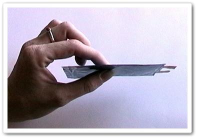 Kelebihan Polymer adalah fleksibilitas design.