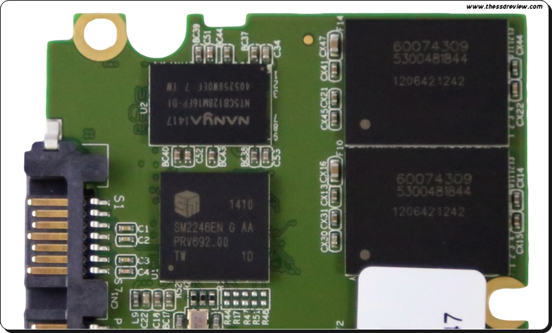Overview Board, controller & NAND chip pada Force LX series.